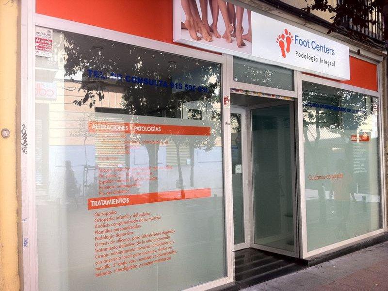 Rotulacion de escaparates y cristales imprenta for Horario oficinas caja duero